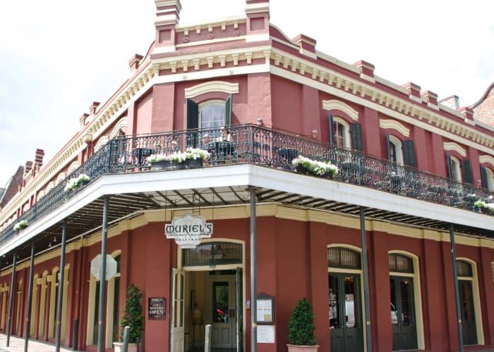New-Orleans Bar