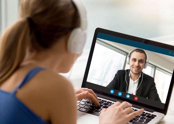 How Do Long Distance Relationships Work