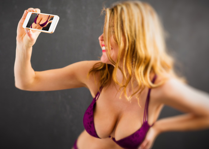Sexting on Dating Sites
